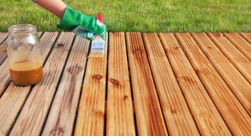 A Look at What Is the Best Waterproofing For Wood