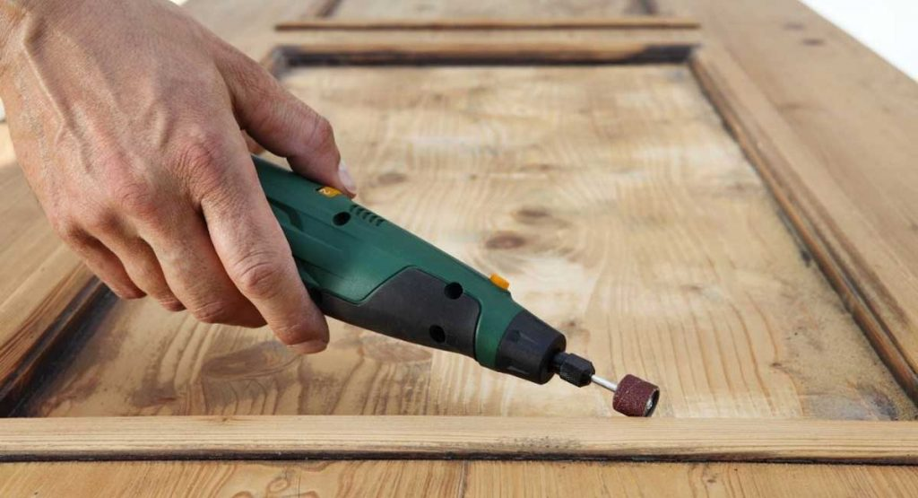 Best Rotary Tool for Wood Carving and Buying Guide