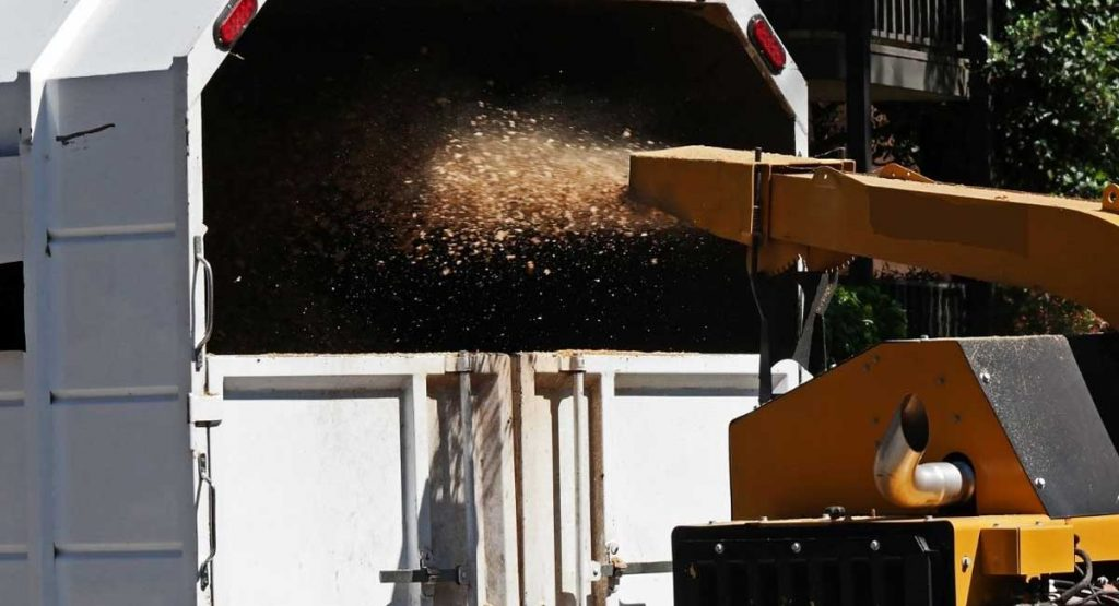 Guide to the Six Best Wood Chippers
