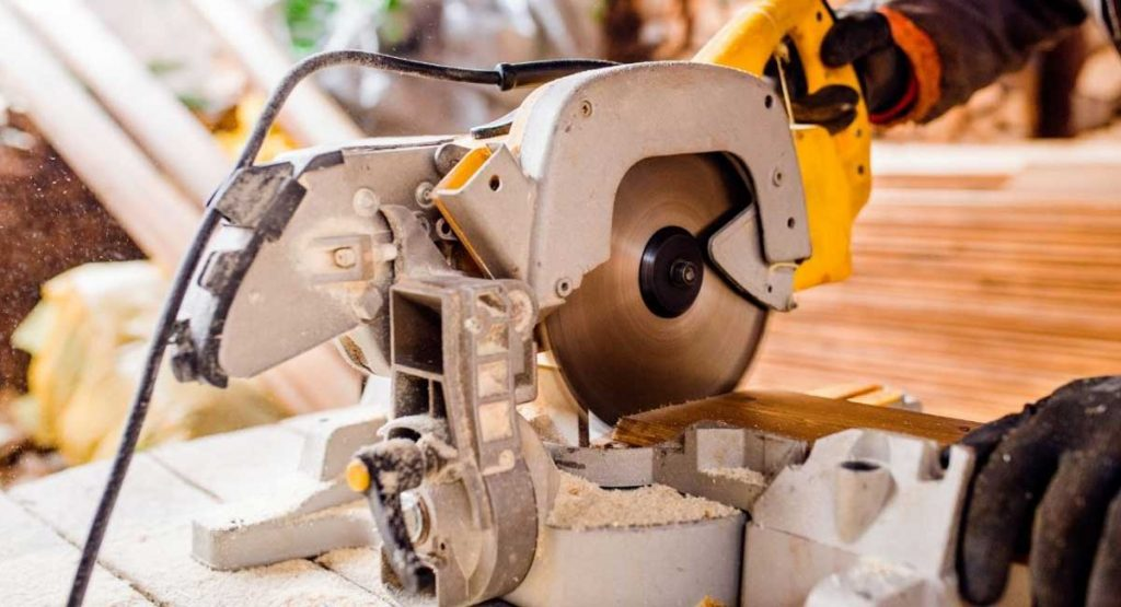 The Best Circular Saw Available in 2020
