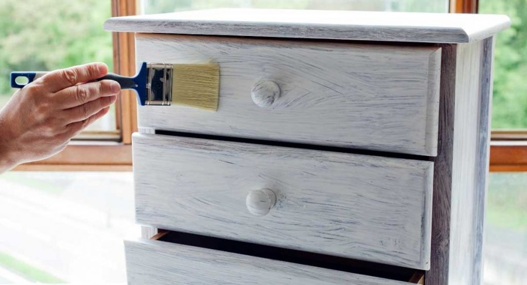 The Best Paint for Wood Furniture